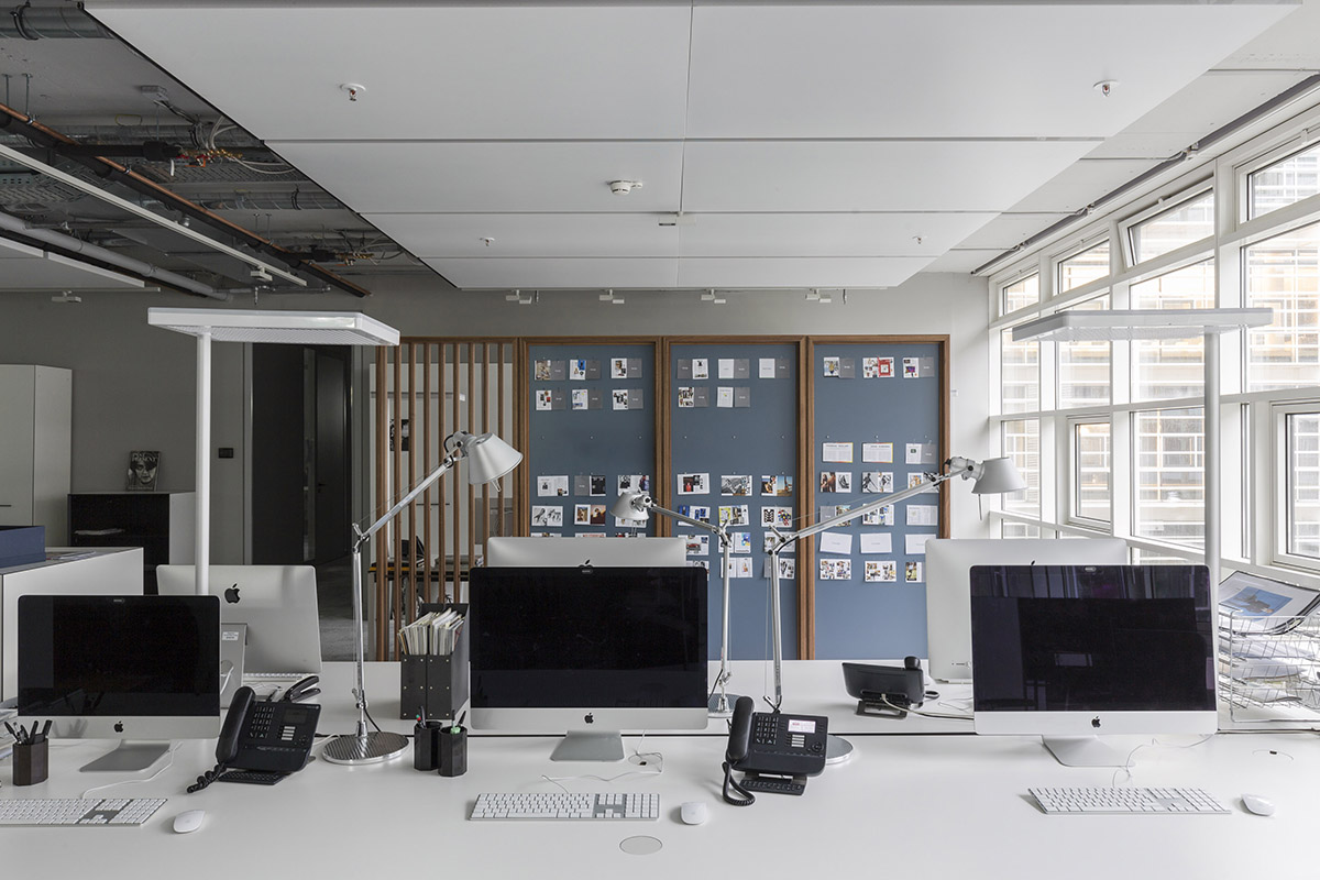 tools off. architecture: HYBRID OFFICES ARE THE FUTURE
